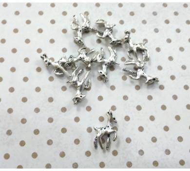 Подвеска металлическая Олененок, цвет серебро, 1,2x2,1 см, KA10129