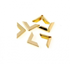 Металлический уголок ровный, цвет золото, 1 шт., 180832
