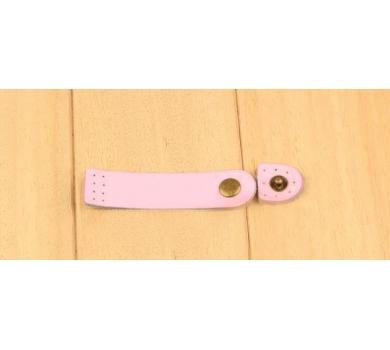 Кожаный хлястик (пришивной) на кнопке, цвет розовый, 153214