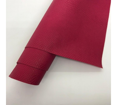 Кожзам (экокожа) на полиуретановой основе с тиснением под питона, цвет малиновый, арт. SC420055
